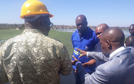 Gauteng Premier David Makhura (left) and Tshwane Mayor Solly Msimanga (in blue) visit the Water Treatment Plant in Hammanskraal on 13 September 2018. Picture: @SollyMsimanga/Twitter