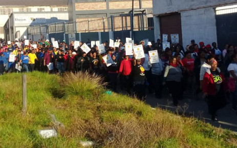 Sactwu members in carpet manufacturing sector set to strike over wages, Newsline