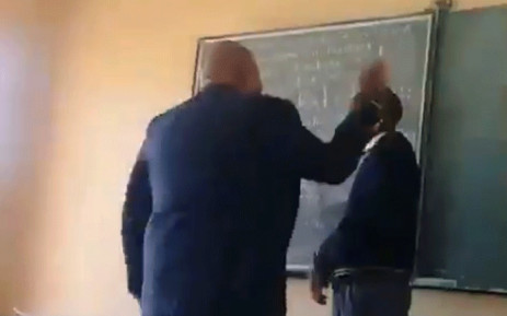 A screenshot of the principal slapping learners at the Bopedi Bapedi Secondary in Sekhukhune South District, Limpopo.