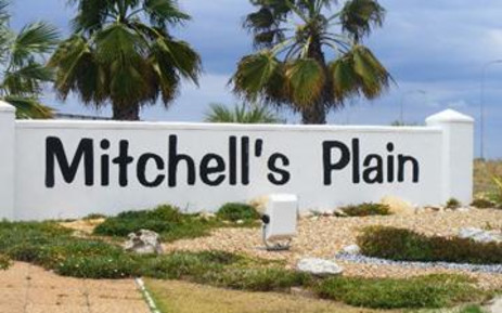 A sign welcoming motorists to Mitchells Plain on the Cape Flats. Picture: EWN
