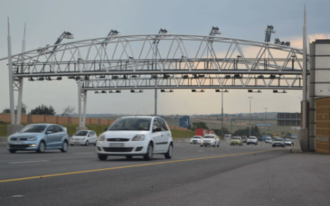 Gauteng motorists will be tolled electronically once the e-toll system comes into effect. Picture: Lesego Ngobeni/EWN