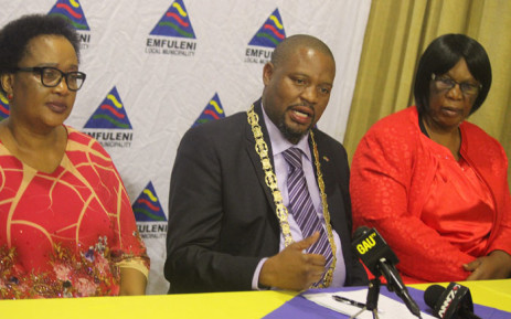 FILE: Emfuleni Mayor Jacob Khawe (centre). Picture: Emfuleni Municipality/Flickr