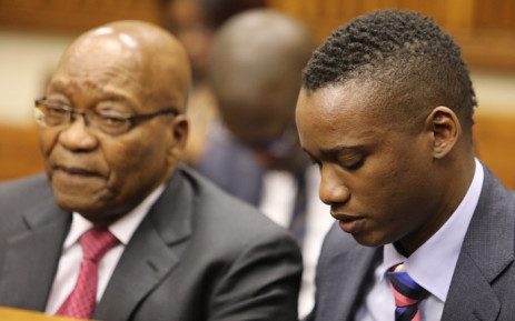 Duduzane Zuma accompanied by his father, former President Jacob Zuma, at the Randburg Magistrates Court on 26 October 2018. Picture: Thomas Holder/EWN