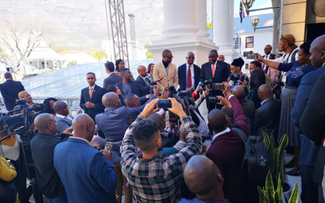 President Cyril Ramaphosa, National Assembly Speaker Thandi Modise, and NCOP chairperson Amos Masondo did a quick walkabout of the parliamentary precinct on 19 June 2019 to see how the preparations outside and inside the National Assembly Chamber were going for the Sona 2019. Picture: @ParliamentofRSA/Twitter.