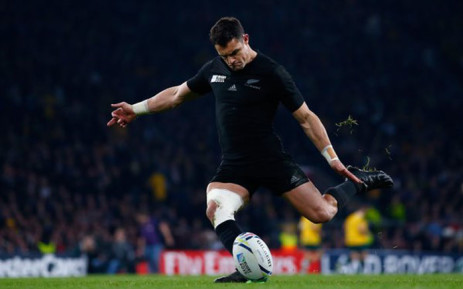 FILE: Dan Carter led New Zealand to win the 2015 Rugby World Cup for the third time by beating Australia on 31 October, 2015 at Twickenham. Picture: Twitter @rugbyworldcup.
