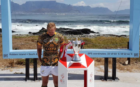 Blitzboks skipper Philip Snyman wearing the commemorative Madiba inspired jersey that will be worn by the Blitzboks at the Cape Town Stadium when the second of ten World Rugby Sevens Series tournaments kicks off in Cape Town on Saturday. Picture: @Blitzboks/Twitter