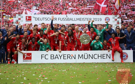 Bayern Munich celebrate with the trophy after winning the Bundesliga on 18 May 2019. Picture:  @FCBayernEN/Twitter