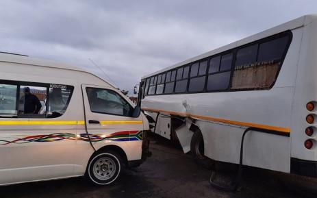 15 people injured in taxi collision in Eikenhof, Newsline