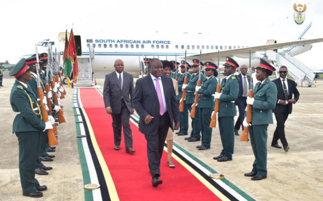 President Cyril Ramaphosa arrives in Maputo for a working visit with Mozambique's President Filipe Nyusi. Picture: @SAgovnews/Twitter