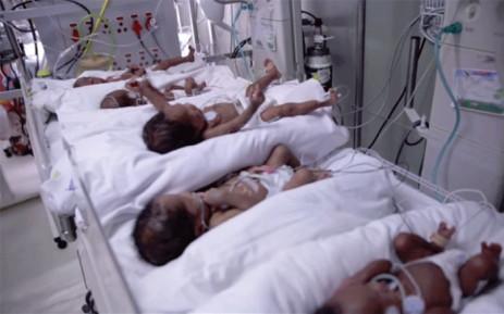 Baby Siyanda, Sibahle, Simesihle, Silindile and Sindisiwe at the Clinix Botshelong–Empilweni Private Hospital. Picture: YouTube screengrab.