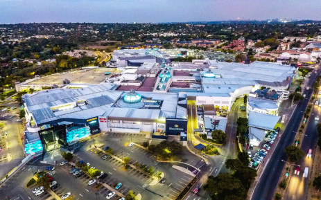 The group robbed a Dion Wired store at Cresta mall and made off with electronics. Picture: Cresta shopping centre on facebook.