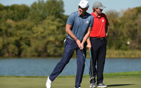 Team Europe's Danny Willett and Team USA Brandt Snedeker in their Friday Afternoon Four-ball match during the 41st Ryder Cup at Hazeltine National Golf Course in Chaska, Minnesota, 30 September 2016. Picture: AFP.