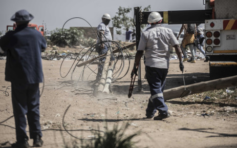 Diepsloot residents vow to reconnect illegal power after Eskom operation, Newsline