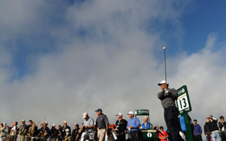 Briton Barry Lane will hit the first shot under what should be clear skies at the British Open.
