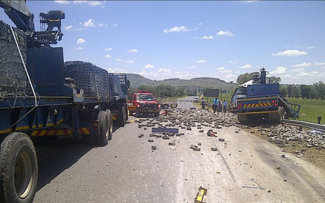 Six people died this morning when a 22-wheeler truck crashed through a road construction site on the R26 outside of Ladybrand in the Free State. Picture: ER24