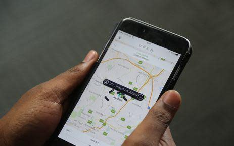 UK tribunal rules Uber drivers deserve workers' rights