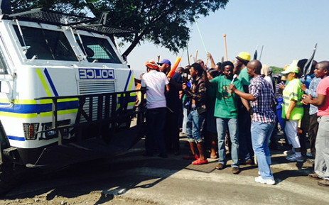Around 80,000 Amcu members have been on strike for almost a month. Picture: Govan Whittles/EWN.