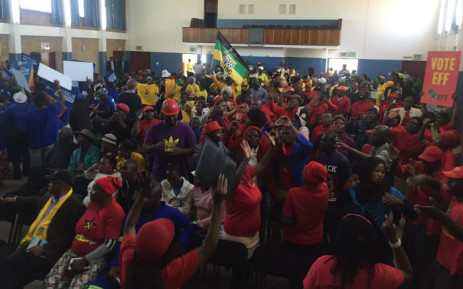 Residents and supporters from the ANC, DA, EFF and IFP took part in 702's special elections broadcast at the Rabasotho Community Center on 20 July 2016. Picture: Masa Kekana/EWN.