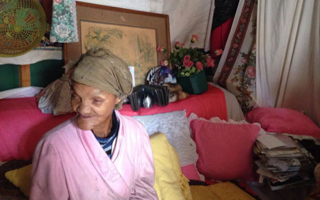 Sixty-one-year-old Greyton resident Rita Hendricks has been blind for the past 23 years. Picture: Lauren Isaacs/EWN