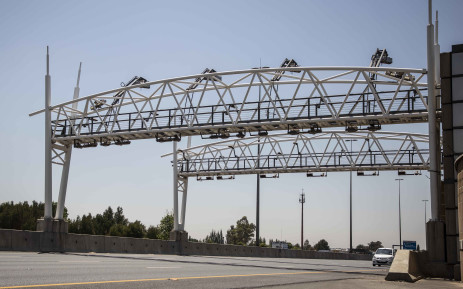 An e-tolls gantry on the highway in Gauteng. Picture: Abigail Javier/EWN