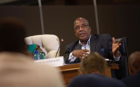 FILE: Home Affairs Minister Aaron Motsoaledi at an inter-ministerial briefing on the coronavirus in Pretoria on 13 March 2020. Picture: Sethembiso Zulu/EWN