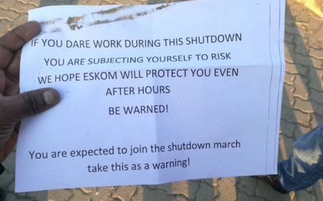 A letter believed to have been sent to Eskom workers who did not take part in the wage increase strike on Thursday. Picture: @KhuluPhasiwe/Twitter.