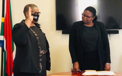 FILE: Zandile Gumede (left) is sworn in as a member of the KwaZulu-Natal legislature on 19 August 2020. KZN Legislature Speaker Nontembeko Boyce looks on. Picture: Supplied