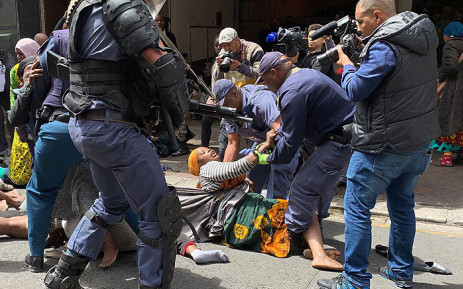 Foreign nationals were camping outside the UN Refugee Agency and asked for help to leave South Africa. Police clashed with the group on 30 October 2019. Picture: Kaylynn Palm/EWN.