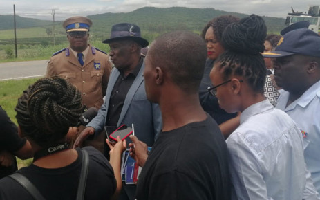 Police Minister Bheki Cele at a roadblock on the N4 near Mbombela, Mpumalanga on 17 December 2019. Picture: @SAPoliceService/Twitter