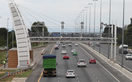 FILE: An e-toll gantry on the N1 in Johannesburg.  Picture: Christa Eybers/EWN