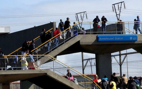 FILE: Train commuters leaving the Bonteheuwel station in Cape Town. Picture: Facebook.com