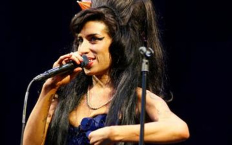 Janis Winehouse revealed her daughter reeked of alcohol and was barely able to talk the day before she died.