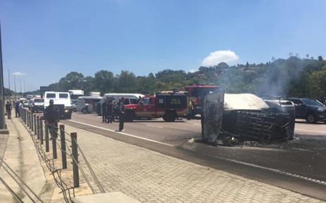 A vehicle carrying flammable substances overturned on the N1 north between Garsfontein Road and Lynnwood in Pretoria catching fire. Picture: @_ArriveAlive/Twitter.