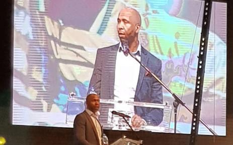 Lucas Radebe breaks down in tears as he speaks at Phil Masinga's memorial service on 21 January 2019. Picture: @BafanaBafana/Twitter.