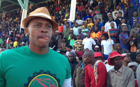 Workers at Lonmin, Impala and Anglo gave the Amcu's leadership a mandate to accept a R1,000 salary hike. Picture: Vumani Mkhize/EWN.