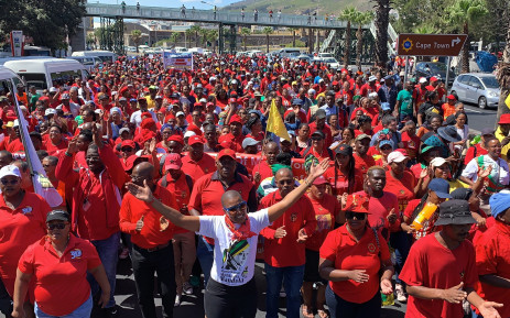 Cosatu: If we don't stand up, SA will sink under weight of corruption, Newsline