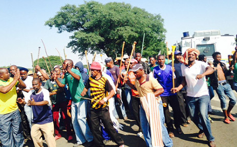 Amcu members on strike at Anglo American Platinum's mine in Rustenburg. Picture: Vumani Mkhize/EWN.