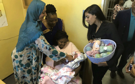 Deputy Minister for Home Affairs Fatima Chohan and Western Cape health MEC Nomafrench Mbombo visited Tygerberg Hospital on 1 January 2019. Picture: Monique Mortlock/EWN.
