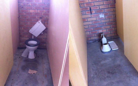 Pupils at a Valhalla Park school have been forced to use portable chemical toilets because only six of the 30 toilets are in working condition on 28 October 2014. Picture: Carmel Loggenberg/EWN .