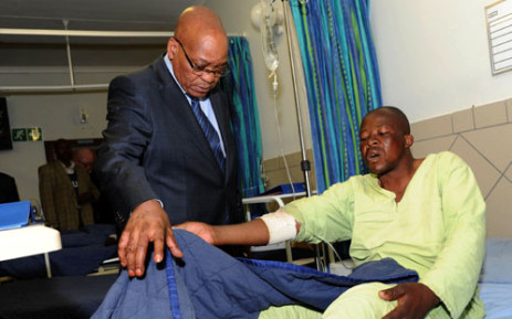 President Jacob Zuma visits injured mineworkers at Lonmin's Marikana mine on Friday evening, 17 August 2012. Picture: GCIS.