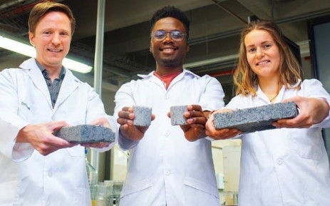 From left: Dr Dyllon Randall and his students, Vukheta Mukhari and Suzanne Lambert. Picture: Supplied.