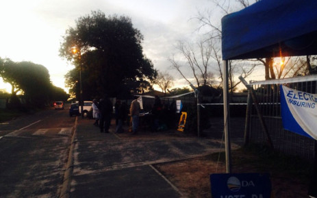 Residents in Atlantis rush to cast their vote before voter station cut off. Picture: Shamiela Fisher/EWN