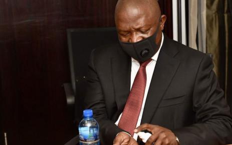 Deputy President David Mabuza follows sanitisation protocols as he assesses the Free State's response to the coronavirus outbreak. Picture: @PresidencyZA/Twitter