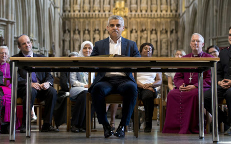 Britain's incoming London Mayor Sadiq Khan (C) attends his swearing-in ceremony at Southwark Cathedral in cental London on 7 May, 2016. Picture: AFP.