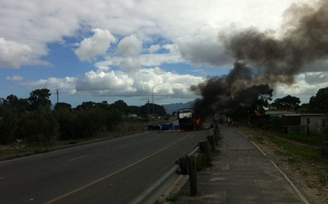 FILE: Protesters blocked the N2 Highway. Picture: Shamiela Fisher/EWN