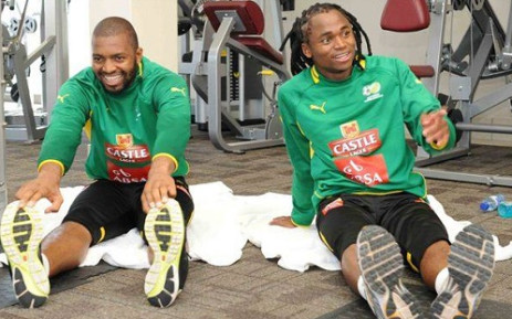 Bafana Bafana stars Itumeleng Khune limber up for a training session ahead of the Australasia tour. Picture: Facebook.