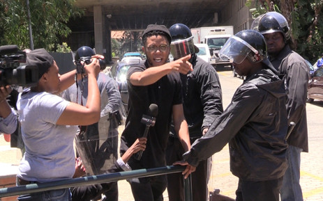 FILE: Tempers flared at Wits University on Tuesday as students clashed with private security at the campus. Picture: Vumani Mkhize/EWN.