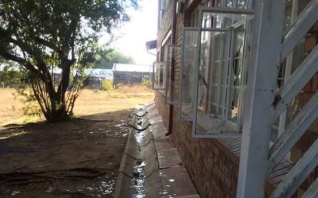 Pupils vandalised of the administration building at Orlando High School. Picture: Masa Kekana/EWN.