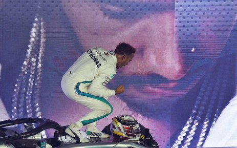 Mercedes driver Lewis Hamilton celebrates his victory in the Singapore GP on 16 September 2018. Picture: @F1/Twitter