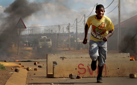 Du Noon residents went on a rampage demanding basic services on 26 July 2013. Picture: Lauren Isaacs/EWN